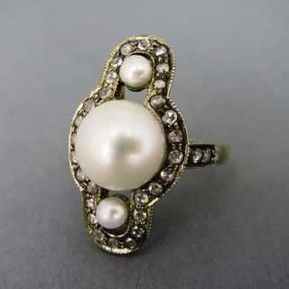 Art Déco gold ring with pearls and diamonds