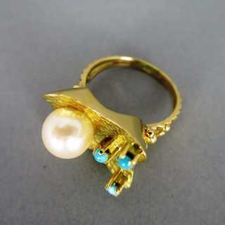 Coctail gold ring pearl and turqoise stone