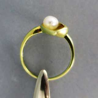 Unique handmade ladys gold ring with biwa pearl and diamond vintage jewelry