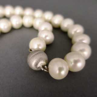 Wonderful big freshwater pearl necklace with silver clasp vintage jewelry