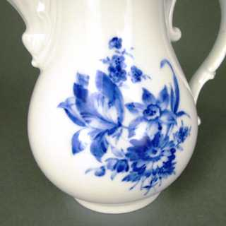 Porcelain coffee pot blue flowers Meissen