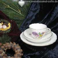 Meissen porcelain set with flower decor