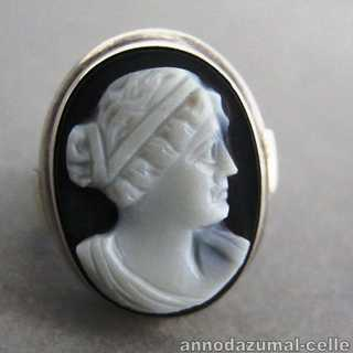 Vintage ladys silver ring with onyx cameo woman head portrait