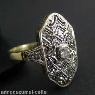 Wonderful Art Deco gold ring with diamonds