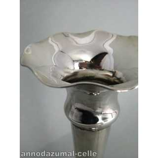 Elegante Art Deco Vase in Silber