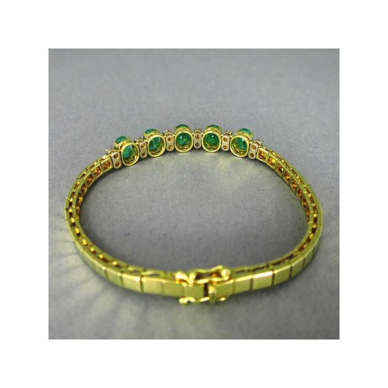 Pr 228 Chtiges Goldenes Damen Armband Mit Gro 223 En Smaragden Und