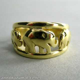 14 karat massive gold elephant ring