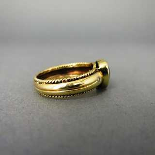 Bandring in Gold mit Turmalin in Herzform