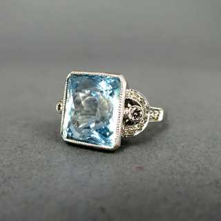 Art Deco Ring mit Aquamarin und Brillanten