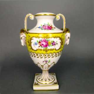Porcelain urn-shaped decorative vase Thieme Potschappel Dresden hand painted
