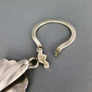 Antique key ring with belt holder in massive silver with engraved decor