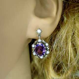 Nice dangling stud earrings in silver with amethyst and seed pearls