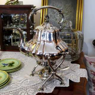 Wonderful Art Nouveau massive silver tilting tea pot Bruckmann Heilbronn 1900