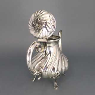 Gorgeous victorian Dresdner Barock mocha pot in silver from Denmark