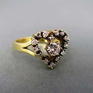 Herzförmiger Verlobungsring In Gold Mit Brillanten 58000