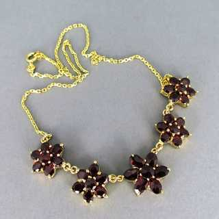 Beautiful collier necklace in gold with deep red bohemian garnet flowers