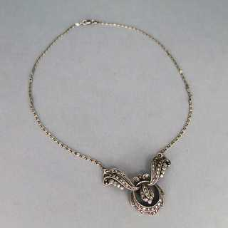 Elegant late Art Deco collier necklace in sterling silver with marcasites
