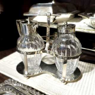 Sugar and cream cruet EPNS and crystal glass William Hutton Sheffiels before 1900