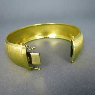 Wide massive 18 k gold woman cuff bracelet from Italy
