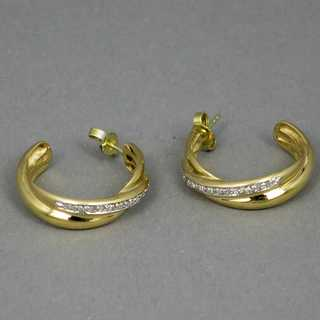Elegant half-creoles in 585 / gold set with diamonds