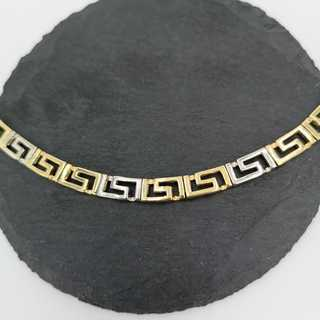 Magnificent necklace with meander band in 585 / gold from the 1970s
