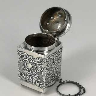 Rare tea infuser in sterling silver from America around 1900