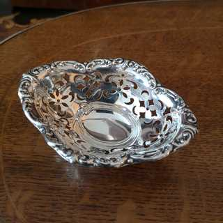 Candy bowl in sterling silver from 1900 from Canada