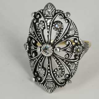 Rare Art Nouveau womens ring with diamond roses in gold and silver