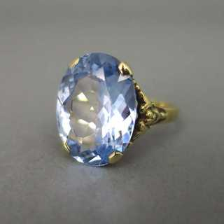 Beautiful gold ring with huge blue topaz