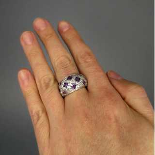 White gold ring with amethyst and white sapphire